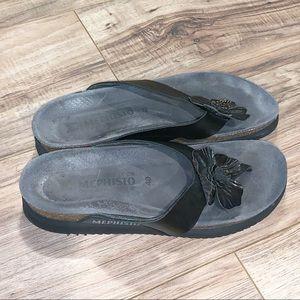 Mephisto Flip Flop Thong Sandals Size 40 / 10